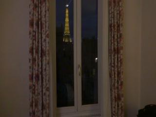 Hotel Jardins d'Eiffel: Tour of Rm 408