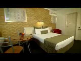 Comfort Inn & Suites Robertson Gardens: Deluxe Motel Rooms