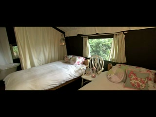 Glamping at The Dandelion Hideaway