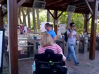 Selcuk, Turki: Entrance to Ephesus with a wheelchair