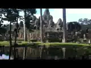 Chhayakim Private Angkor Wat Tours: Tour on November 9-11 2013(BAYON Temple)