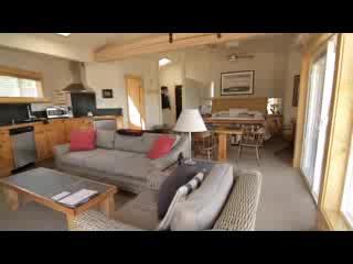 Visit the Boatyard Inn
