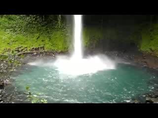 Santo Domingo de Heredia, Costa Rica: The waterfall