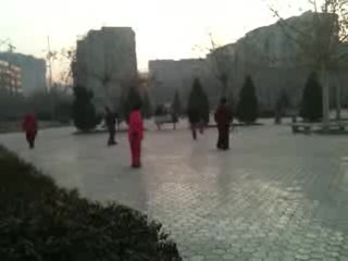 Shijiazhuang, Chiny: 2 Seconds of Swords