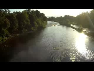 Grants Pass, Oregón: Jet boat up the river at sunset