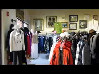 Lakewood Ranch, FL: Welcome to 2nd Ann Rose Designer Consignment Boutique
