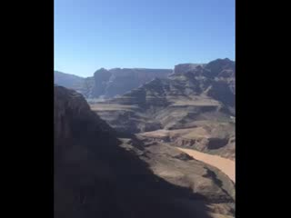 Sundance Helicopters : Flight over Grand Canyon