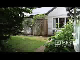 คลาเรนดัน คอทเทจส์: Clarendon Cottages