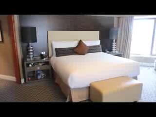 Four Seasons Hotel Sydney: Four Seasons Sydney Premier City Harbour View Room (review/ tour)