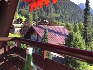 Riezlern, Austria: Ausblick von den Balkonen der Pension Gatterhof