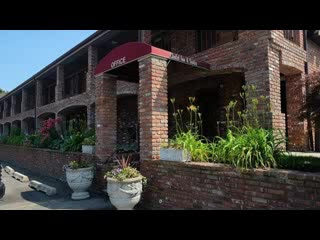 Centerport, NY: Chalet Inn & Suites