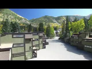 Taos Ski Valley, Nuevo Mexico: Rio Hondo Condominiums - Next Door to Children's Center and Lifts