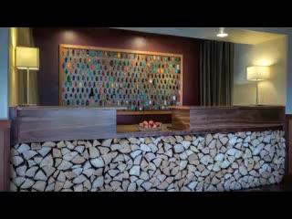 Fortuna, Californie : The Redwood Riverwalk Hotel