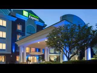 East Brunswick, NJ: Holiday Inn Express Tower Center New Brunswick