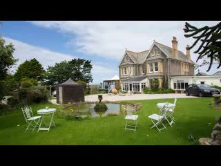 Port Isaac, UK: The Longcross Hotel & Gardens