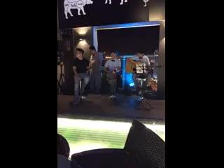 Brilliant Hotel: Live Music At Brilliant Top Bar