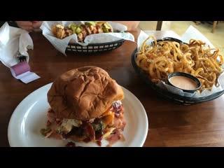 Effingham, IL: Gabby Goat American Pub & Grill
