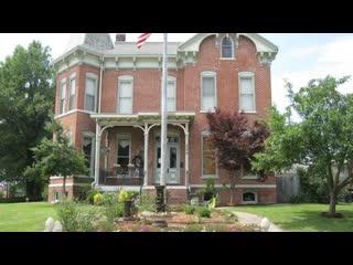 เมโทรโปลีส, อิลลินอยส์: Summers Riverview Mansion Bed & Breakfast