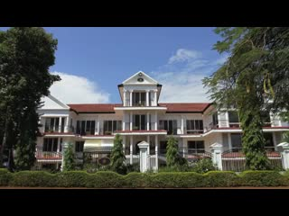 Sovereign Hotel Video Tour