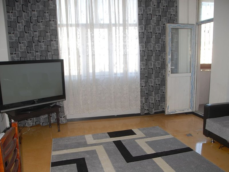 Apartment In Baku Near Metro. wp+************, casa vacanza a Mardakan