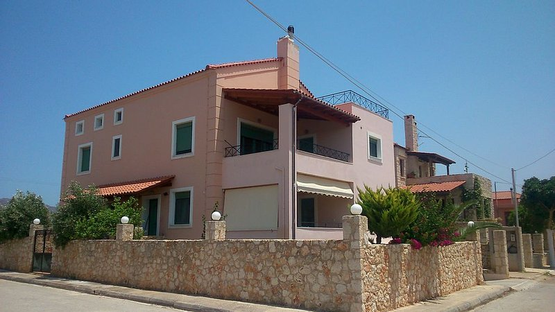 Big Appartment near the sea -  Stavros  - Reg No for Short-Term Res ***********, location de vacances à Chorafakia