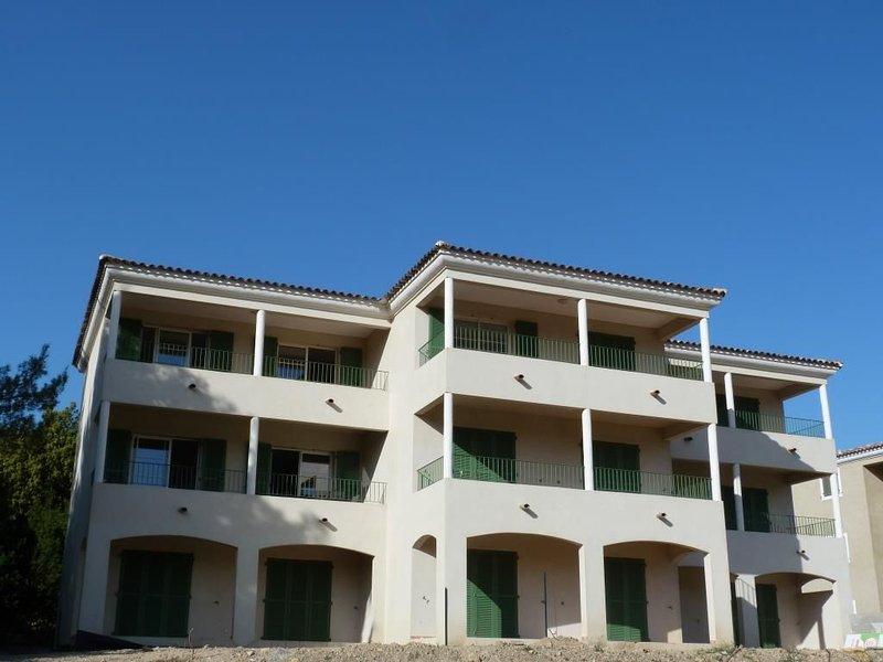 Appartement neuf 4/5 personnes Corse  Patrimonio/ St Florent /Cap Corse/Au calme, vacation rental in Patrimonio