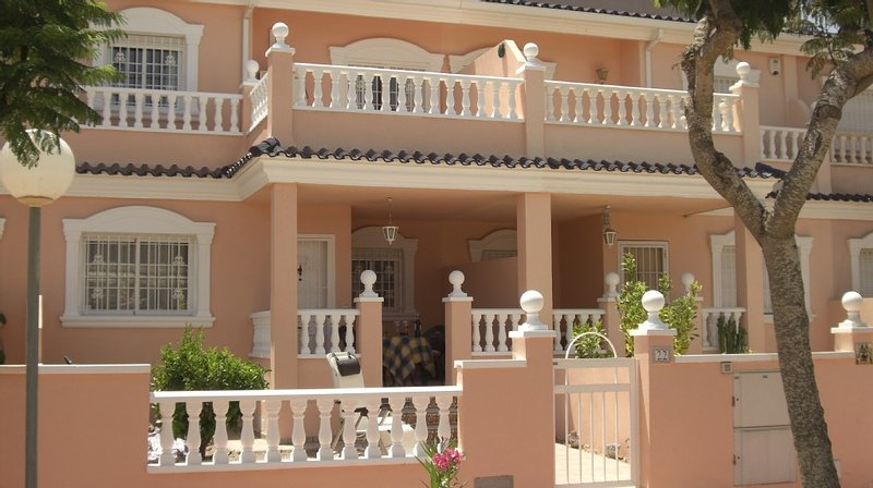 **Town house, in one of the most sought after complexes**, vacation rental in Gran Alacant