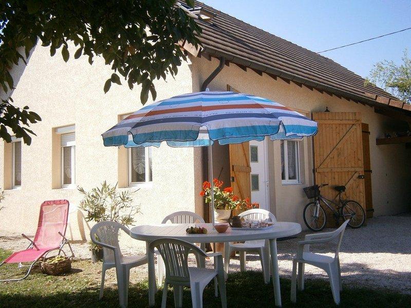 Gite tout confort en BOURGOGNE DU SUD, holiday rental in Buxy