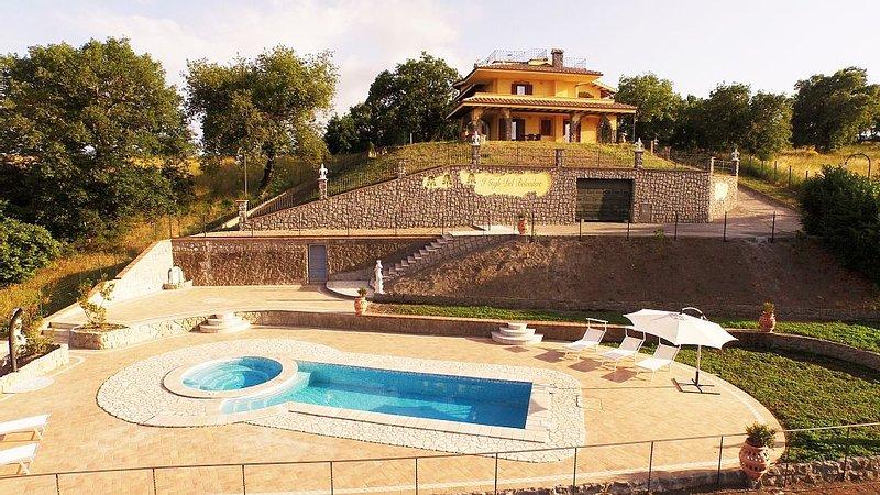 Appartamento in villa con visuale sul lago di Bolsena tra Umbria e Toscana, holiday rental in Zepponami