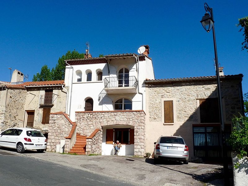 Your Home from Home in the Pyrenees (3 Stars), casa vacanza a Eus