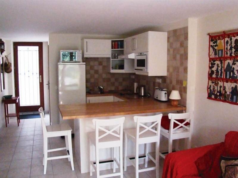 Delightful Village Apartment (2 Stars), casa vacanza a Eus