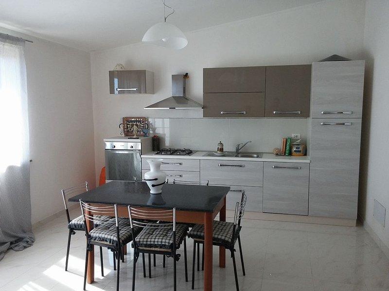 holiday home in Pachino (sleeps 4 + 1), casa vacanza a Pachino