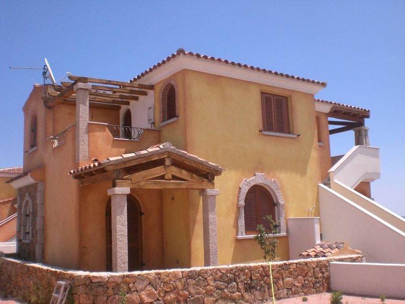 Appartamento con vista mare mozzafiato, vacation rental in Tanaunella