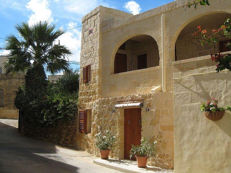 Beautifully Restored Period Farmhouse, location de vacances à Xaghra