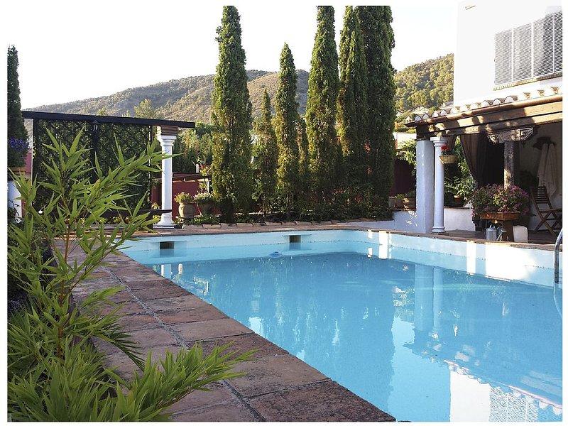 Loft design Andalucian villa with pool and large, alquiler vacacional en Dílar