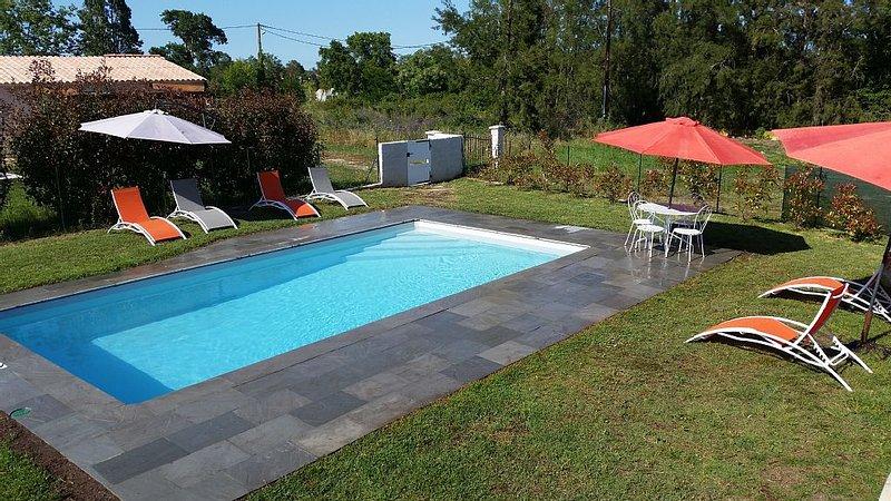 Villa de 70m² avec piscine privée 8X4 clôturée toute équipée, location de vacances à Ventiseri