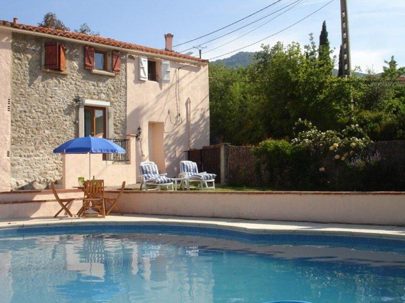 Character Cottages - Pool & Garden, nr Argeles Sur Mer, restaurants & shops, holiday rental in Villelongue-dels-Monts
