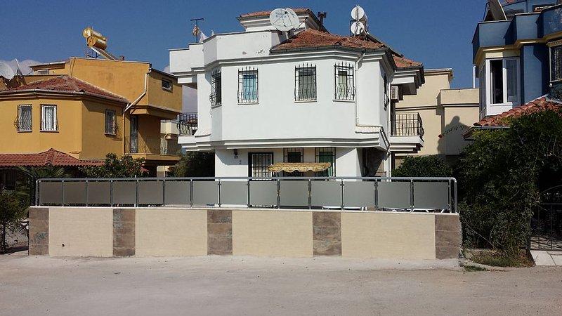 Villa Hazy - view from road
