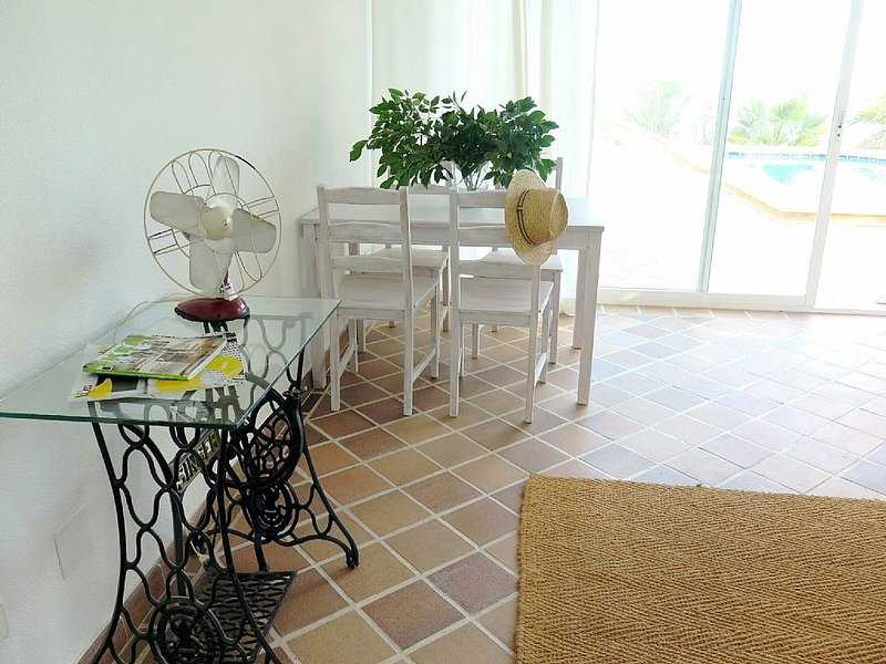 Cliff House in beachfront, holiday rental in Castell de Castells