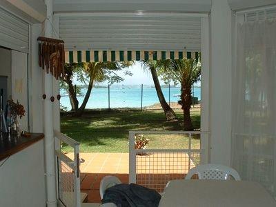 superbe appartement située dans une résidence à Gosier bas du fort bord de mer, vakantiewoning in Pointe-à-Pitre