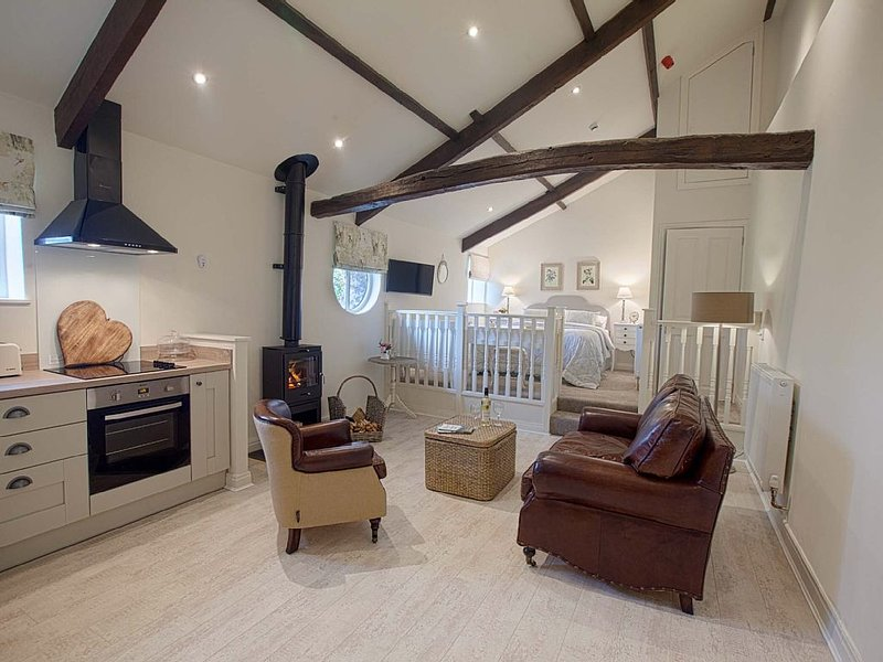 Linton Court Coach House - Hayloft 2 - Settle, Yorkshire Dales, vacation rental in Settle