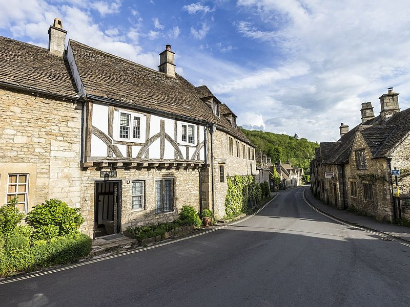 Luxury Cotswolds home, Castle Combe, vacation rental in Upper Seagry