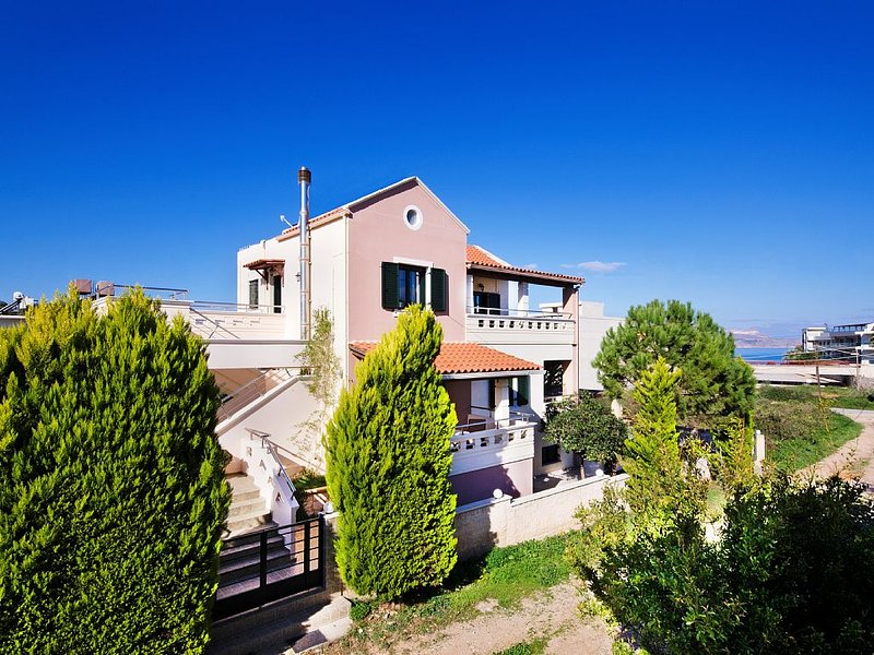 ALIMEDON Villa in the Sea Breeze, location de vacances à Almyrida