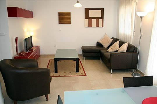 2 Bed Luxury poolside apartment, near town centre , Poolside Location, vacation rental in Balsicas