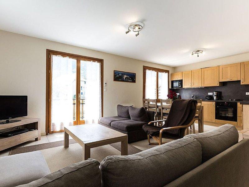 2 bedrooms gite 'Jocou' with Jacuzzi-Sauna in Trieves Vercors, holiday rental in Saint-Roman