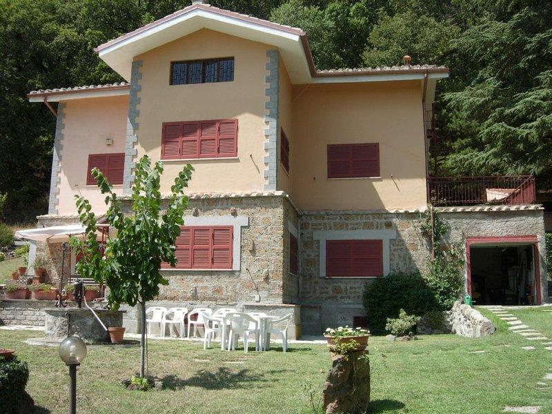 Villa al lago di Vico, vakantiewoning in Cura di Vetralla