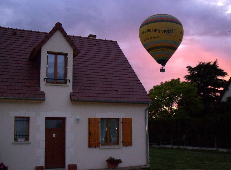 A 2 pas de Chambord, maison avec jardin., casa vacanza a Montlivault