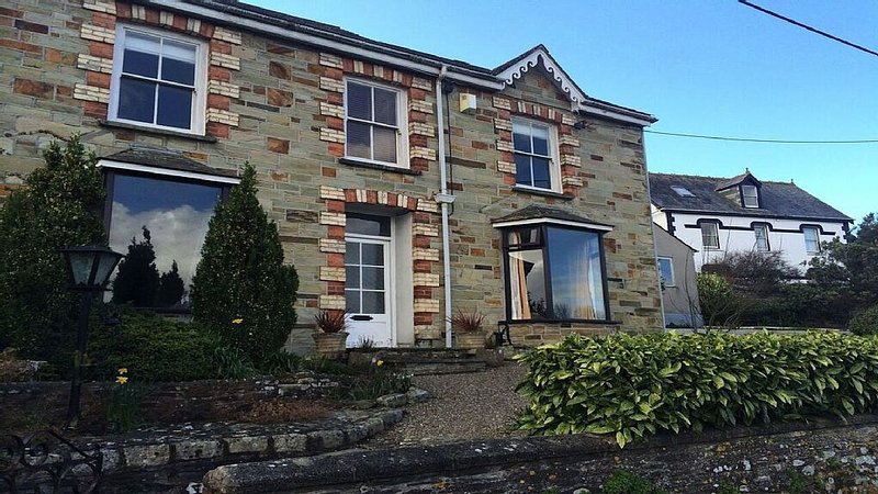 3 Bed Character House in Wadebridge on The Camel Trail, location de vacances à Wadebridge