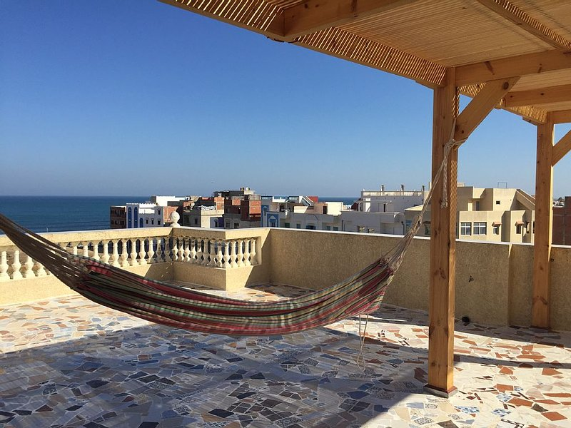 Apartment ASILAH (MOROCCO), ocean view terrace, 4 persons, holiday rental in Tanger-Tetouan-Al Hoceïma