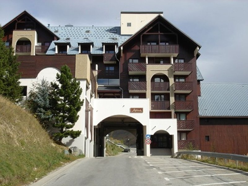 Studio Ski Apartment en Les Deux Alpes, holiday rental in Les Deux-Alpes